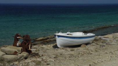 Lemnos boat