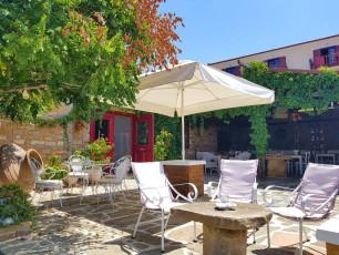 Hotel Ethaleia patio